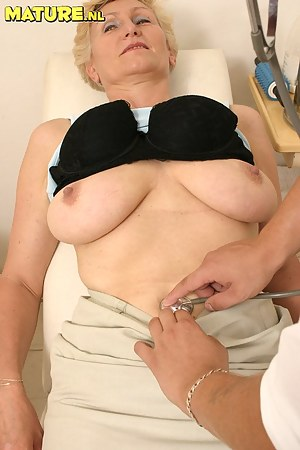 Big Tits Doctor Porn Pictures